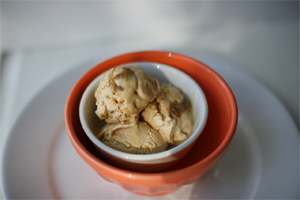 ice-cream-lucuma