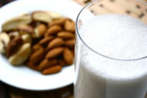 A-B-Nut-Milk