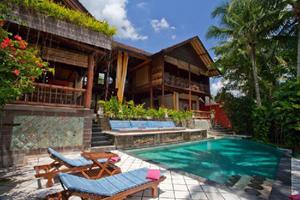 villa-gaia-pool-view